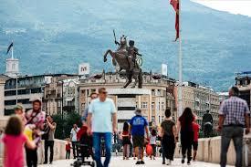 partir macedoine